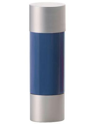 アクアチタン技術は、ファイテンの水溶化メタル技術により、チタンをナノレベルで水中に分散したもの。アクアチタンを用いた製品を身に着けることで、カラダをリラックス状態へとサポートする。