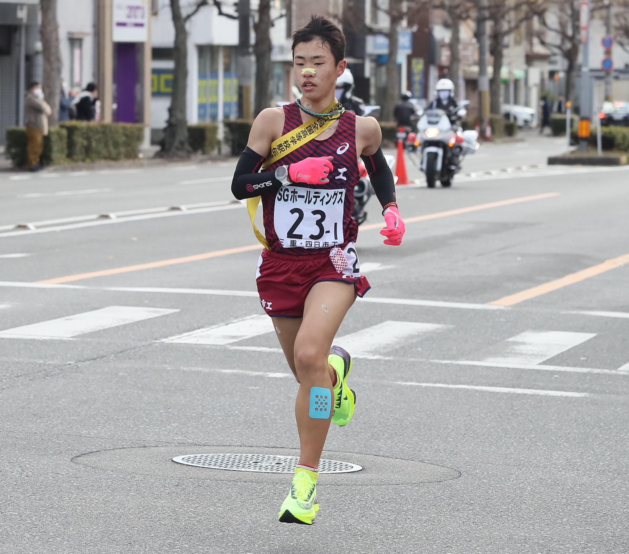 全国高校大会男子5000m2位の佐藤は東京国際大に進学。同大初の13分ランナーとして期待が懸かる(写真/牛島寿人)